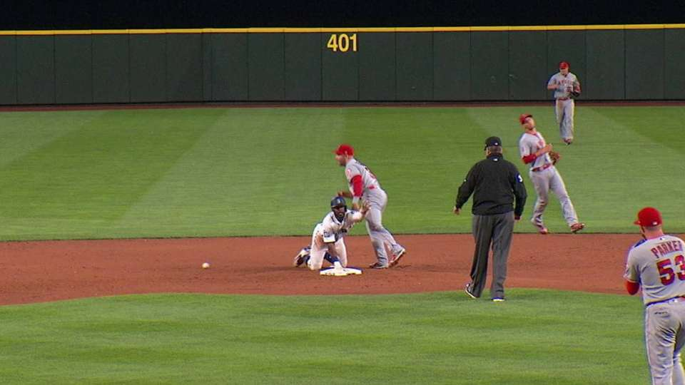 Heredia steals second