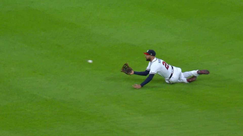 Markakis' clutch diving catch