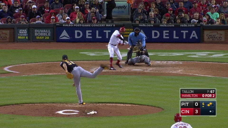 Hamilton's three-run homer
