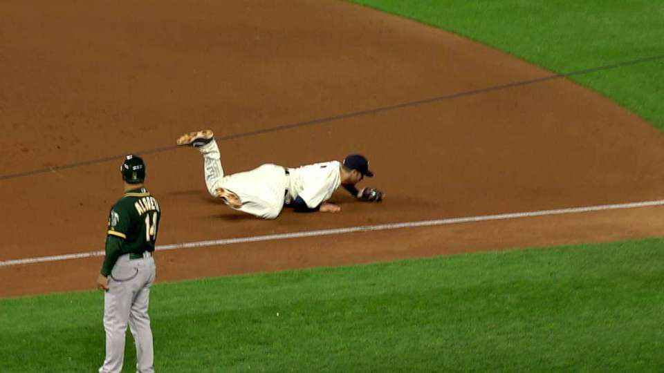 Mauer's diving stop