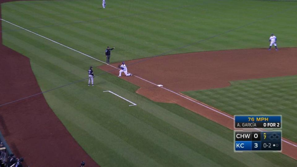 Moustakas' terrific diving play