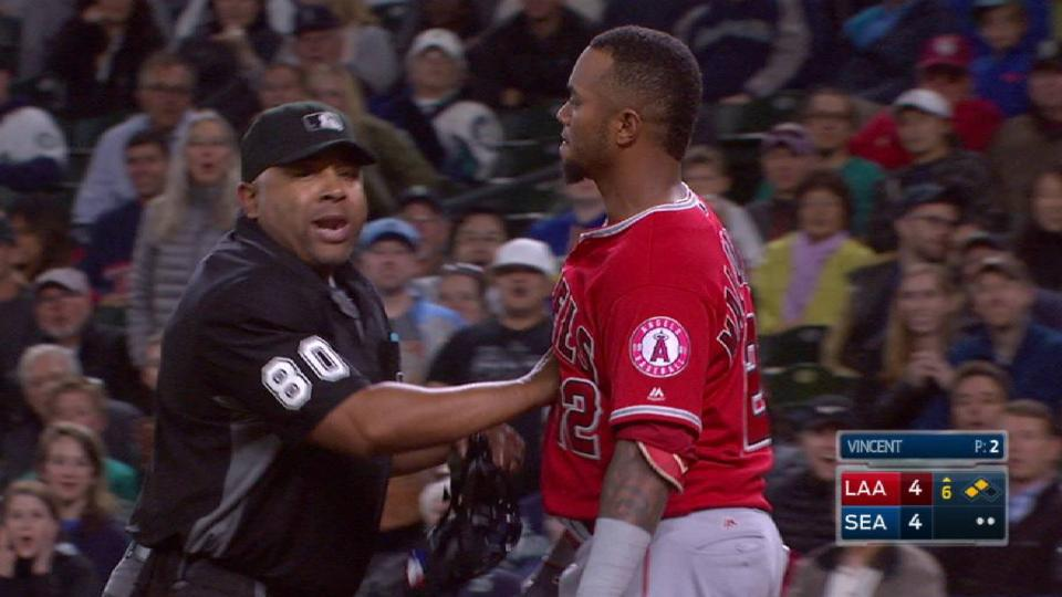 Benches clear at Safeco Field
