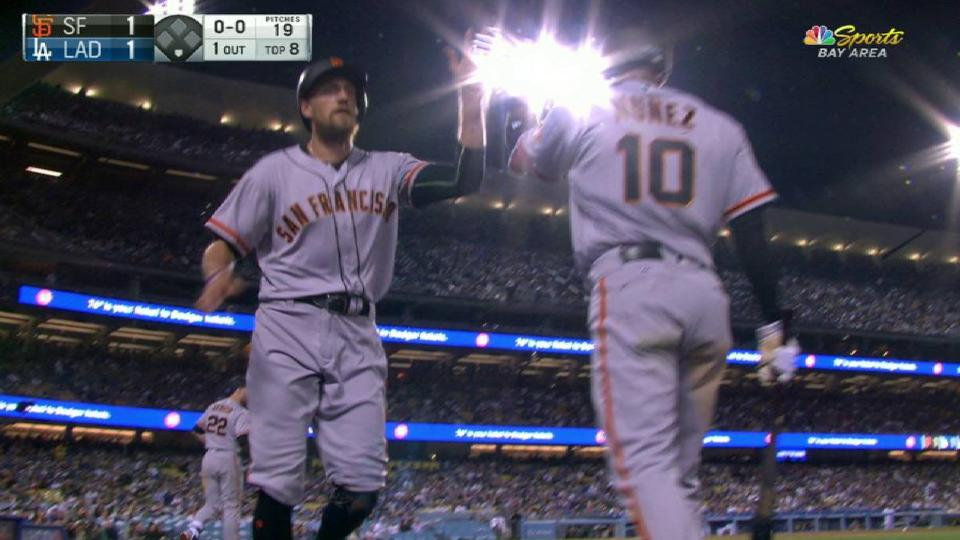 Posey ties game on RBI groundout