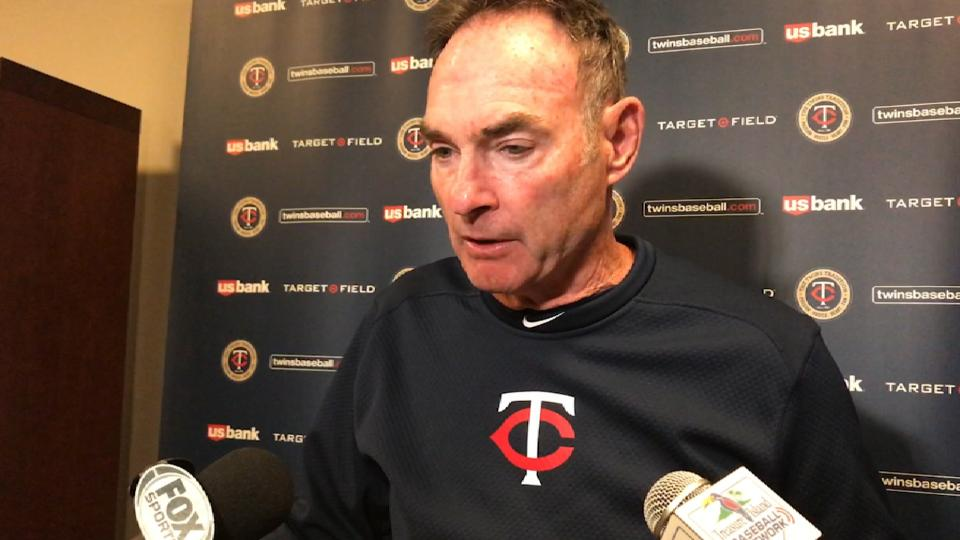 Molitor on Santiago's pitching
