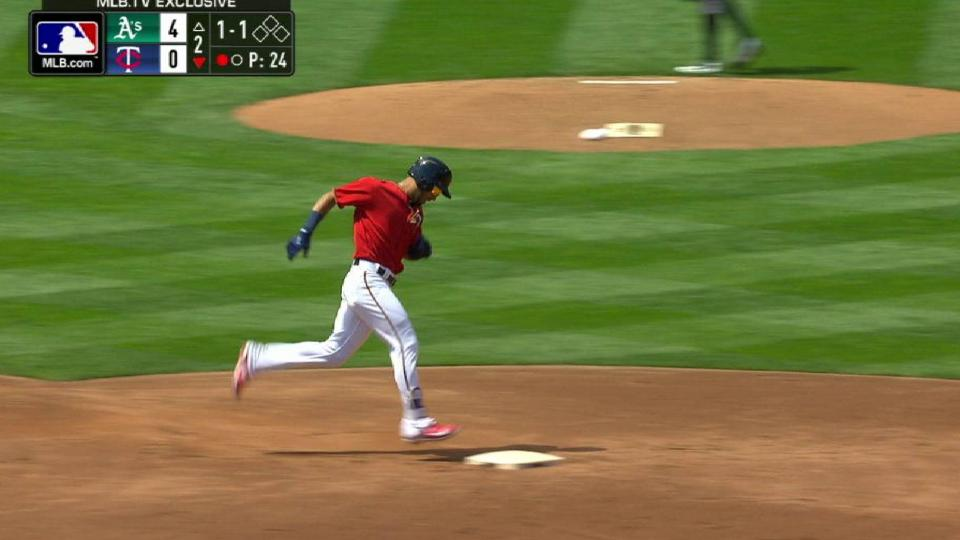 Rosario's solo homer in the 2nd