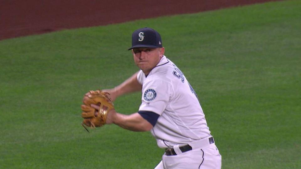 Seager's slick play at third