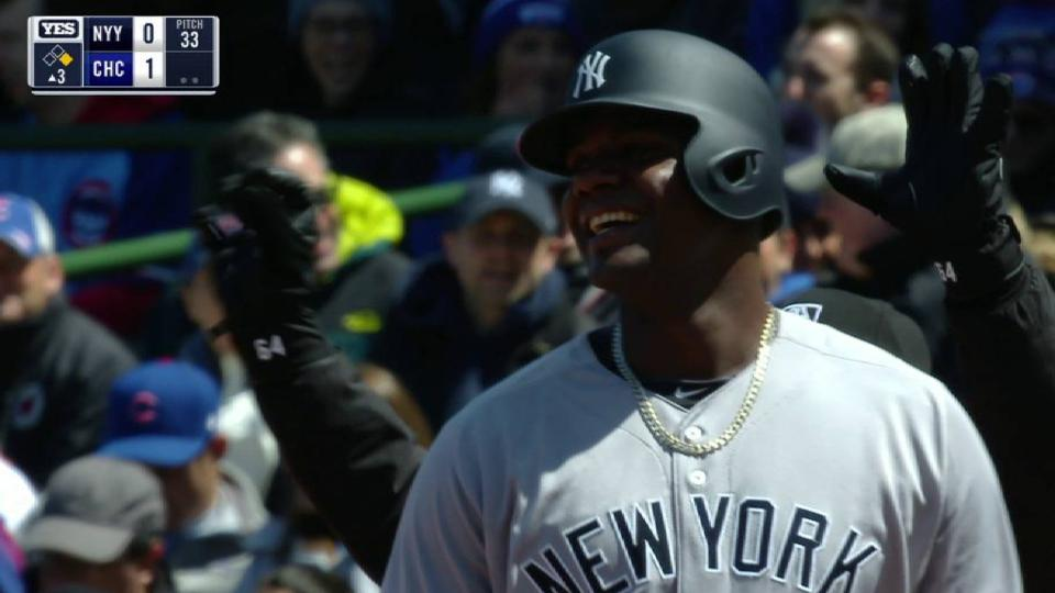 Pineda's first hit with Yankees