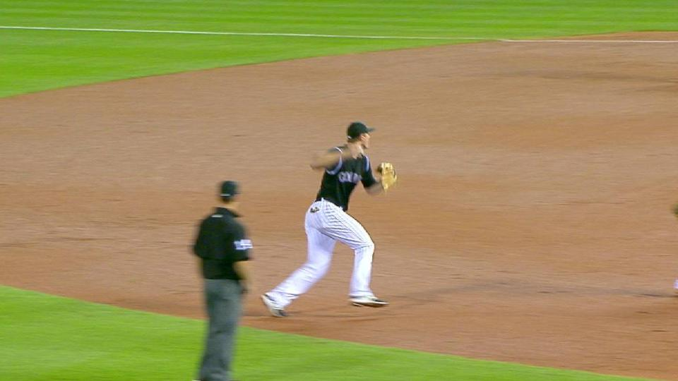 LeMahieu flashes the leather