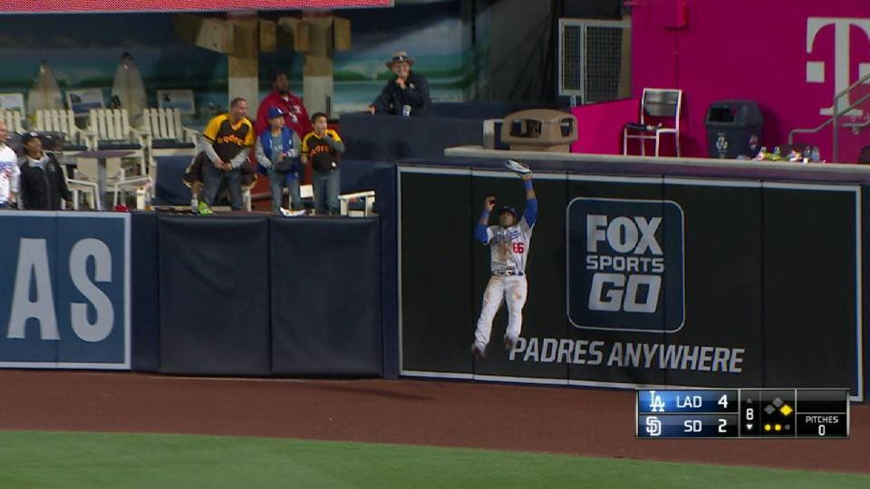 Puig makes great leaping catch