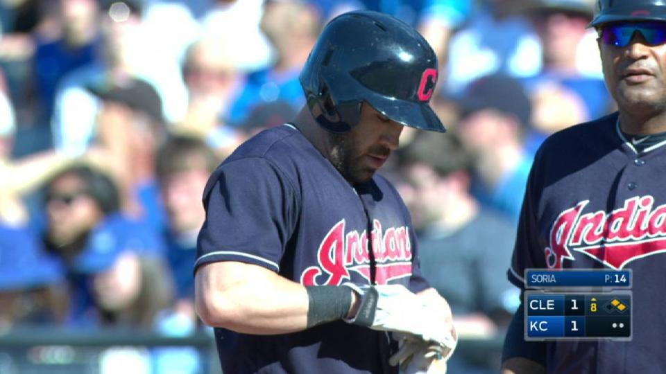 Kipnis' RBI single ties it up