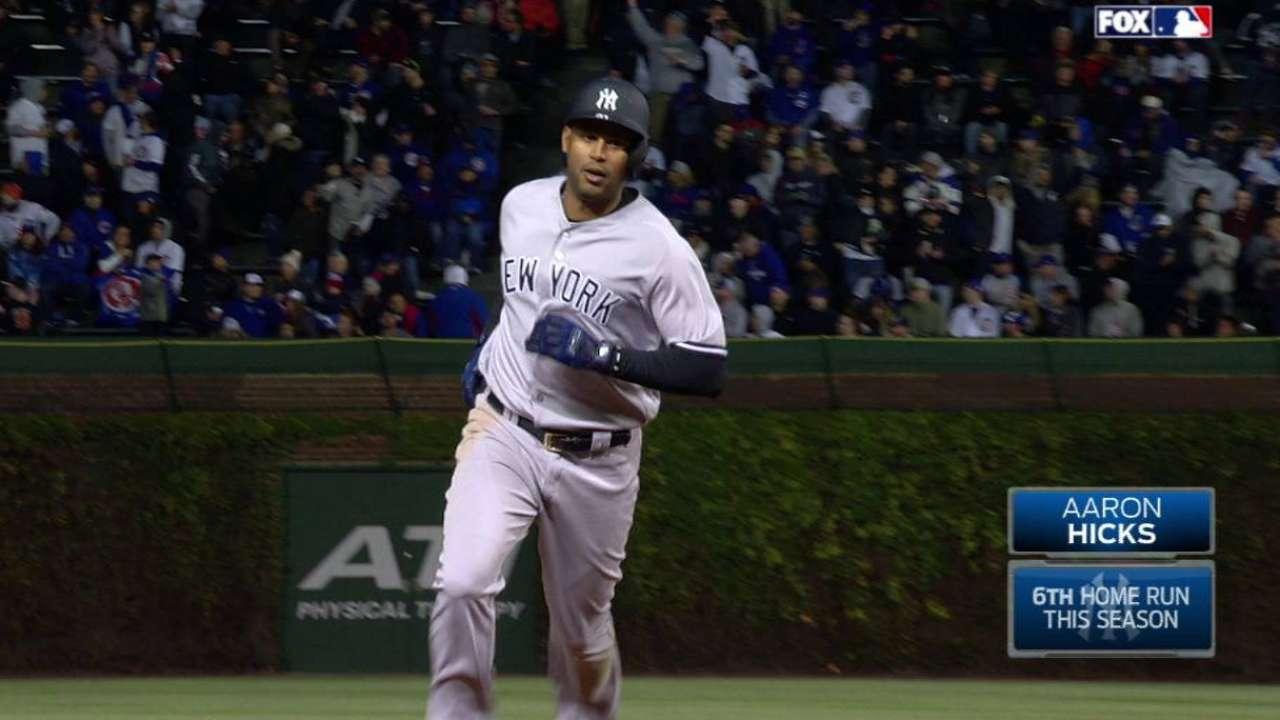 Hicks y Castro extienden racha ganadora de Yankees al vencer a Cachorros