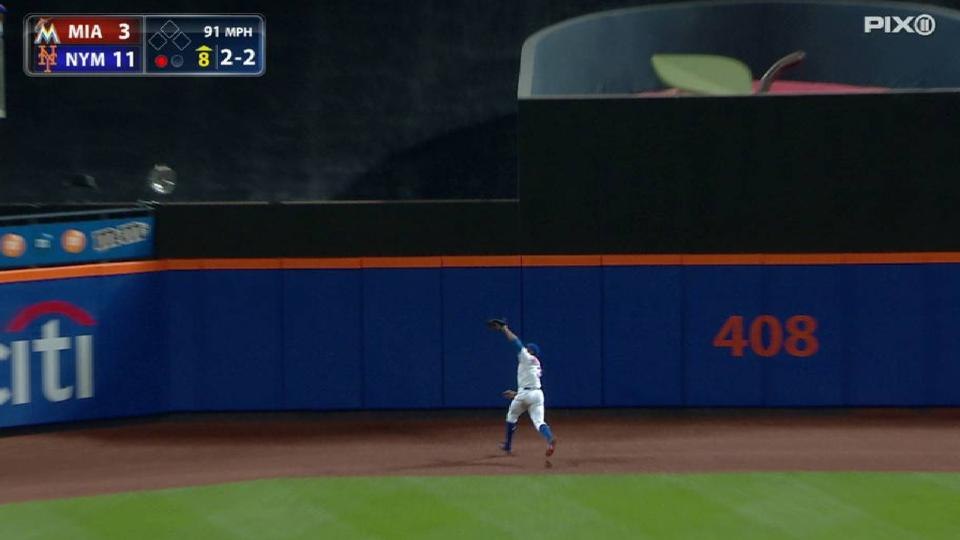 Grandy ranges back for the catch