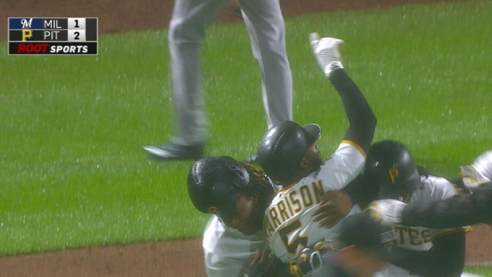 Radio Call: Pirates walk off