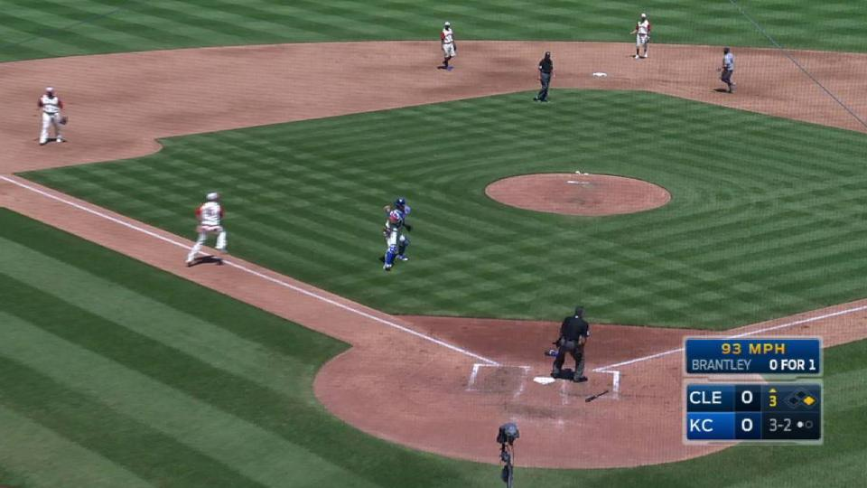 Perez's spinning throw