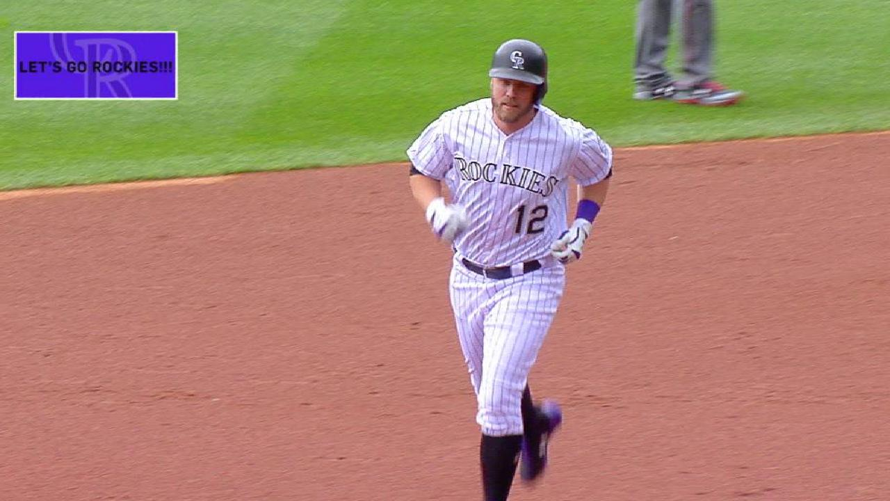 Jonrones, joya de Chatwood guían a Rockies sobre D-backs