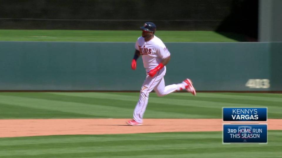 Vargas' solo home run