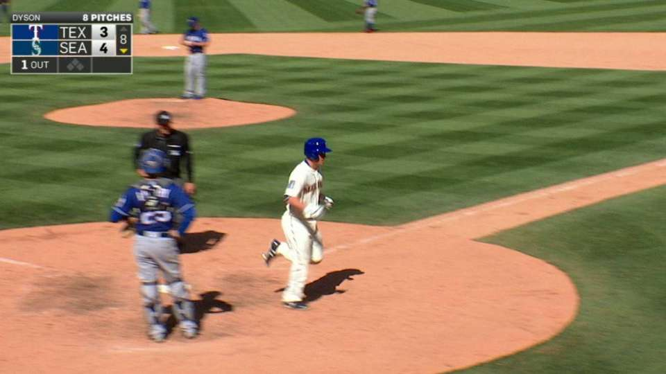 Seager's go-ahead homer