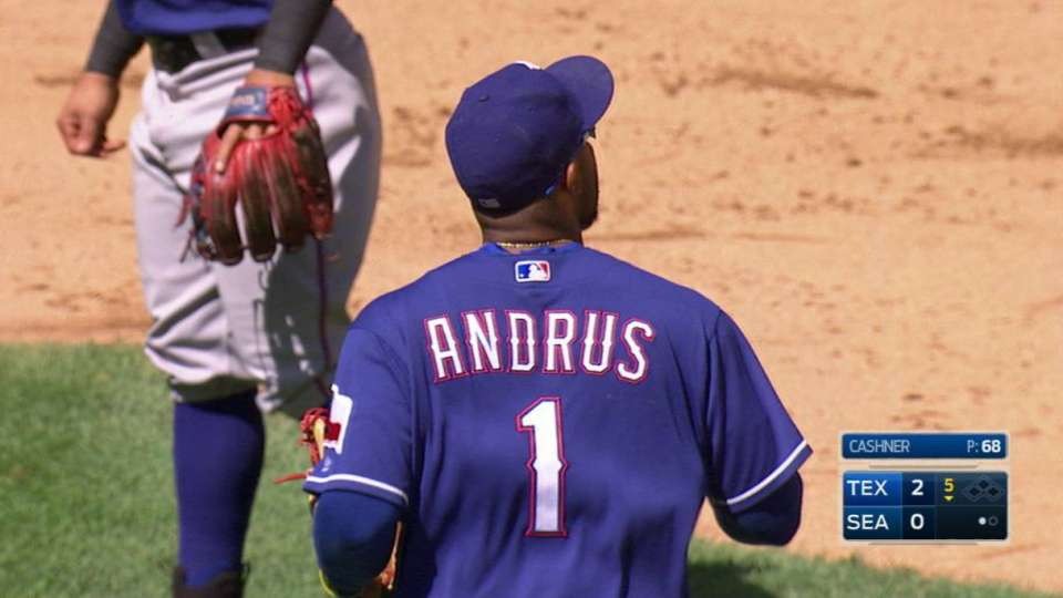 Andrus' great barehanded play