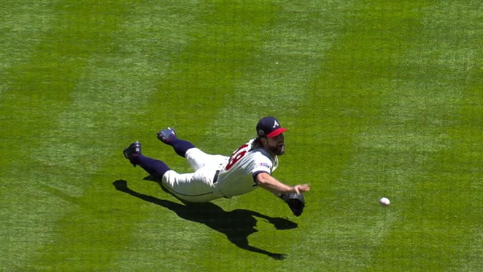 Dickey's impressive diving stop