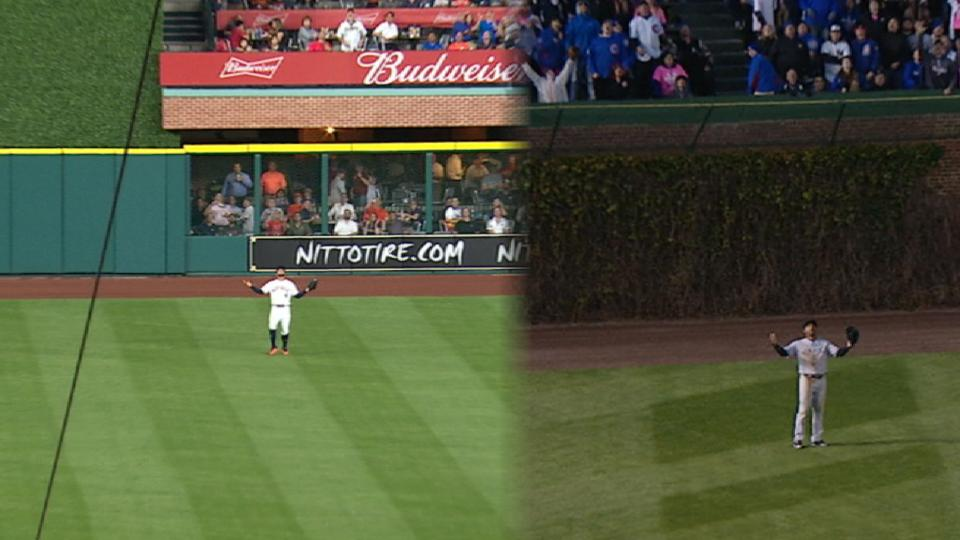 Outfielders lose sight of homers