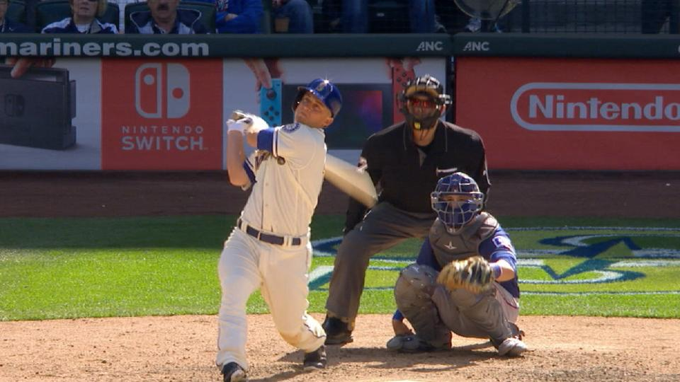 Radio Call: Seager's home run