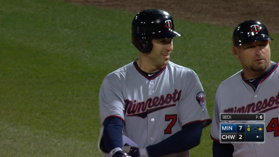 Twins' four-run 6th inning