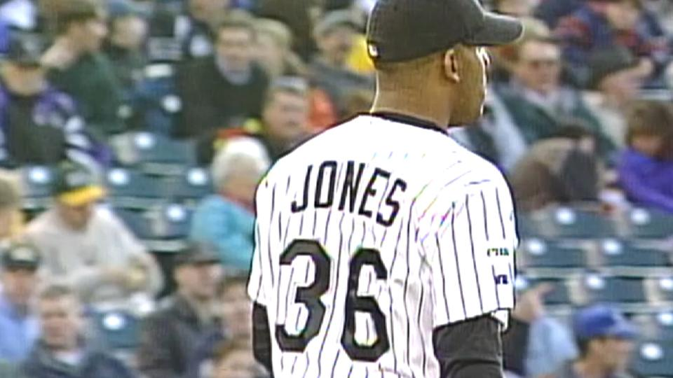Bobby M. Jones defeats Mets