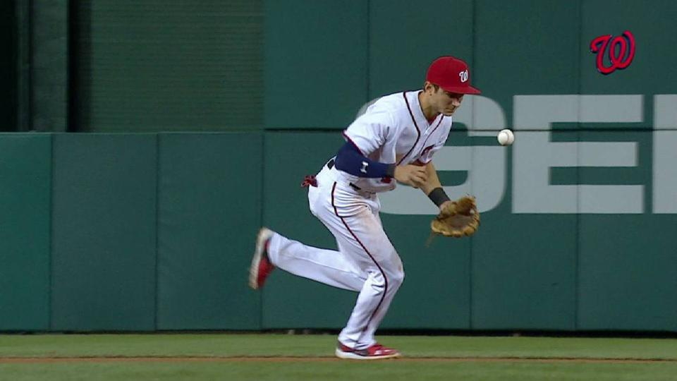 Turner starts 6-4-3 double play