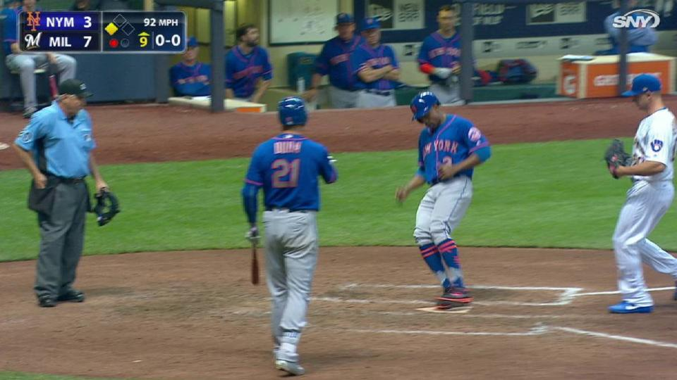 Granderson scores on wild pitch