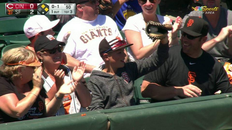 Young fan makes a nice catch
