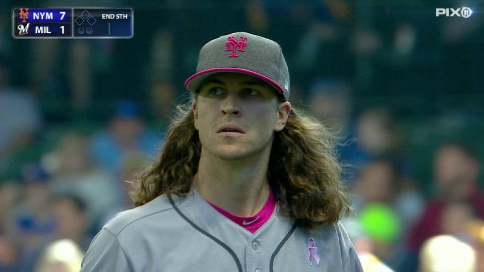 deGrom works out of trouble