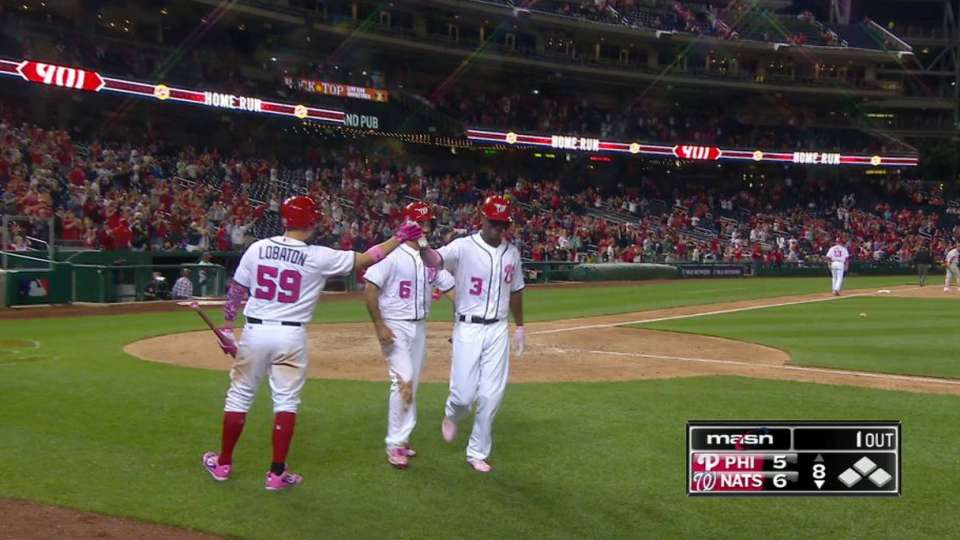 Taylor's go-ahead two-run homer