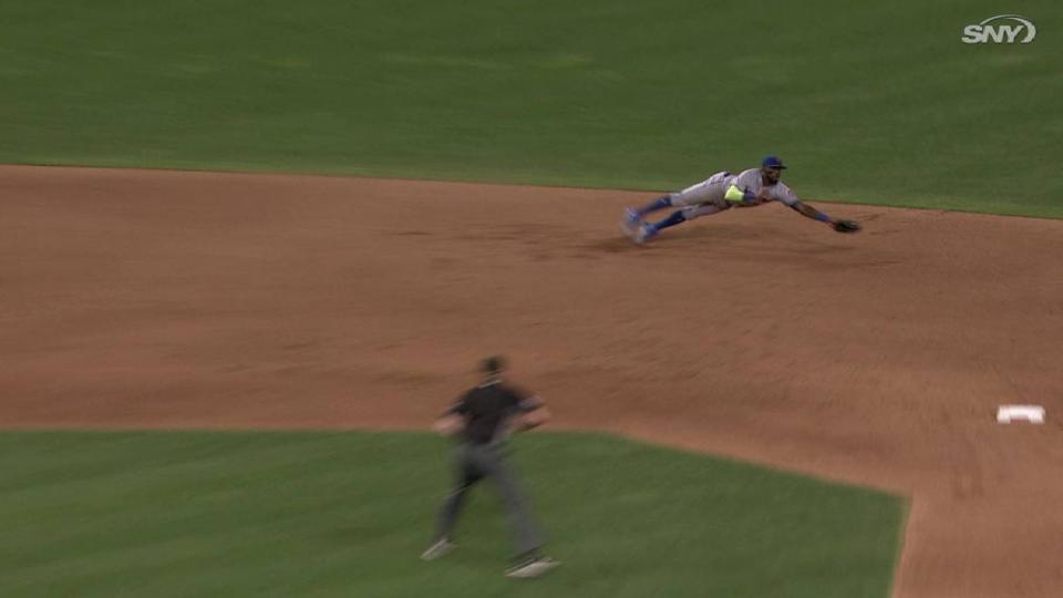 Reyes' diving grab at short
