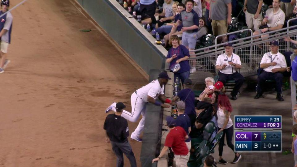 Vargas' catch in foul territory