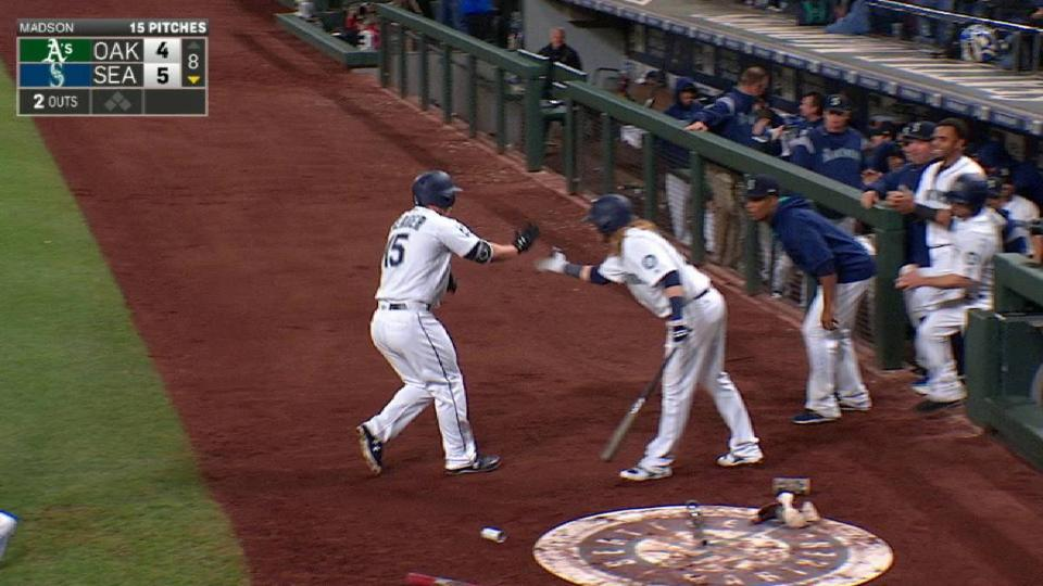 Seager's clutch home run