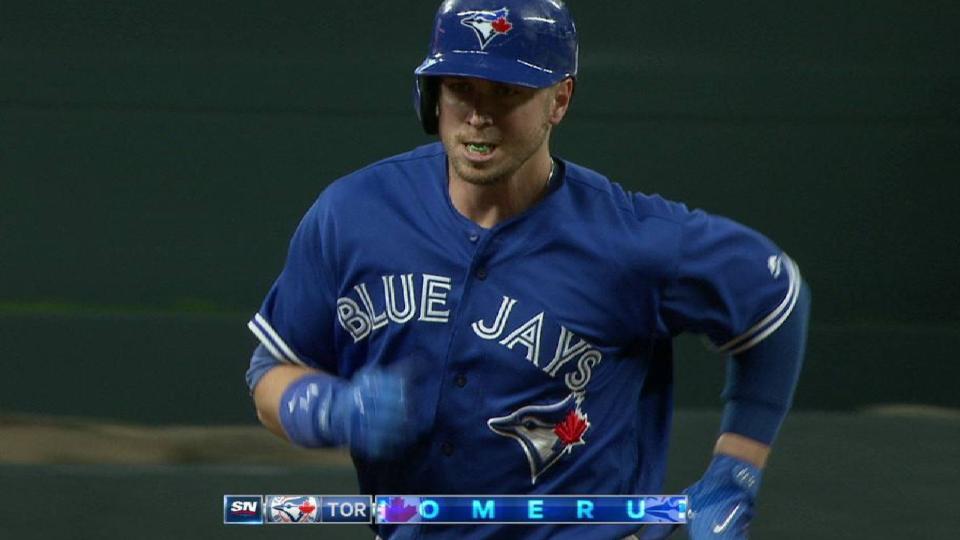 Smoak's two-run homer