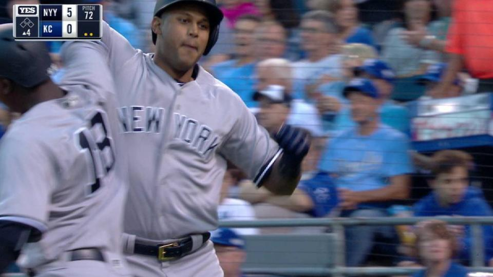 Hicks' three-run homer