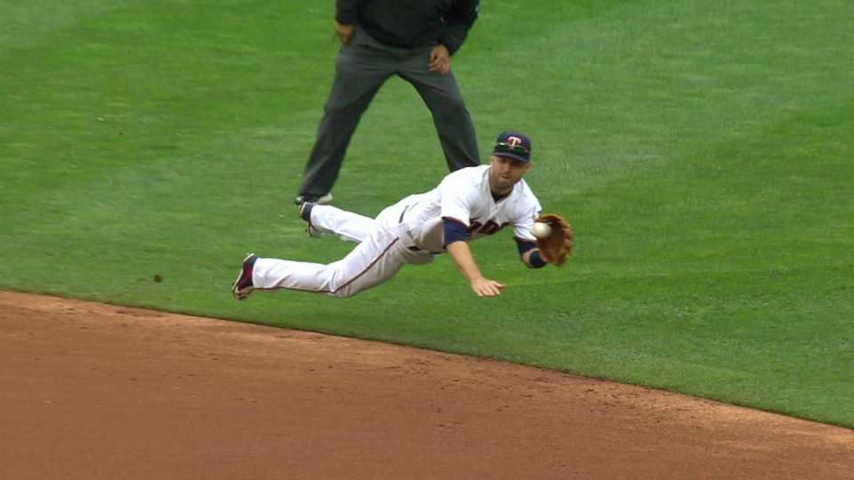 Dozier's great diving catch