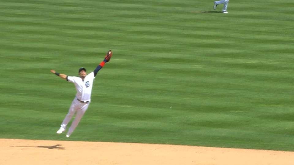 Iglesias' game-ending catch