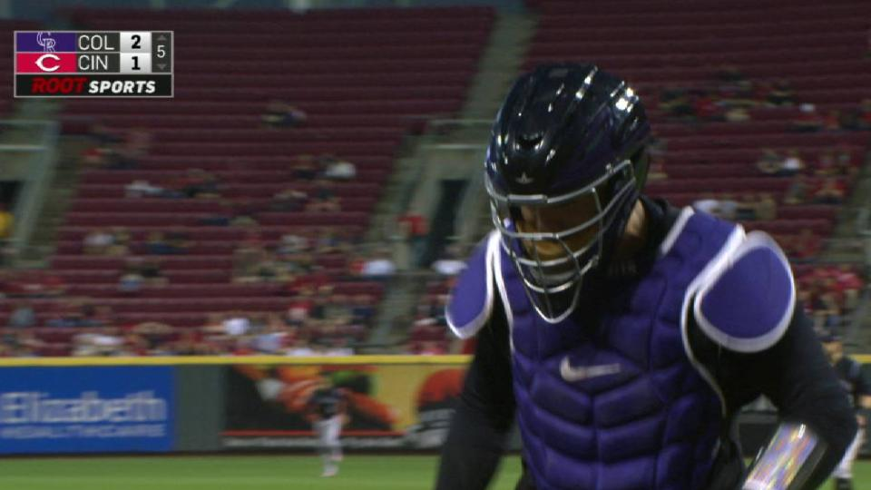Rockies turn DP to escape jam