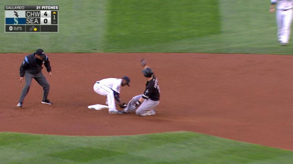 Mariners catch Frazier at second