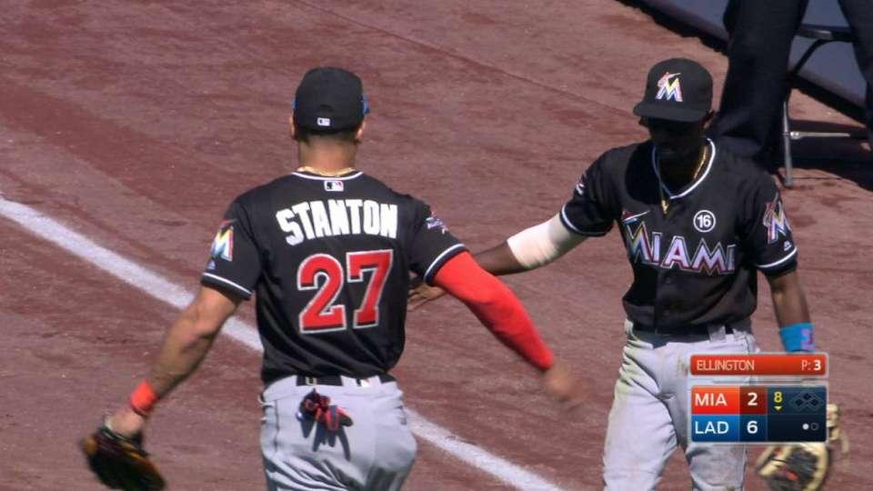 Stanton avoids Gordon on catch