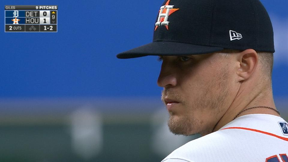 Astros one-hit Tigers
