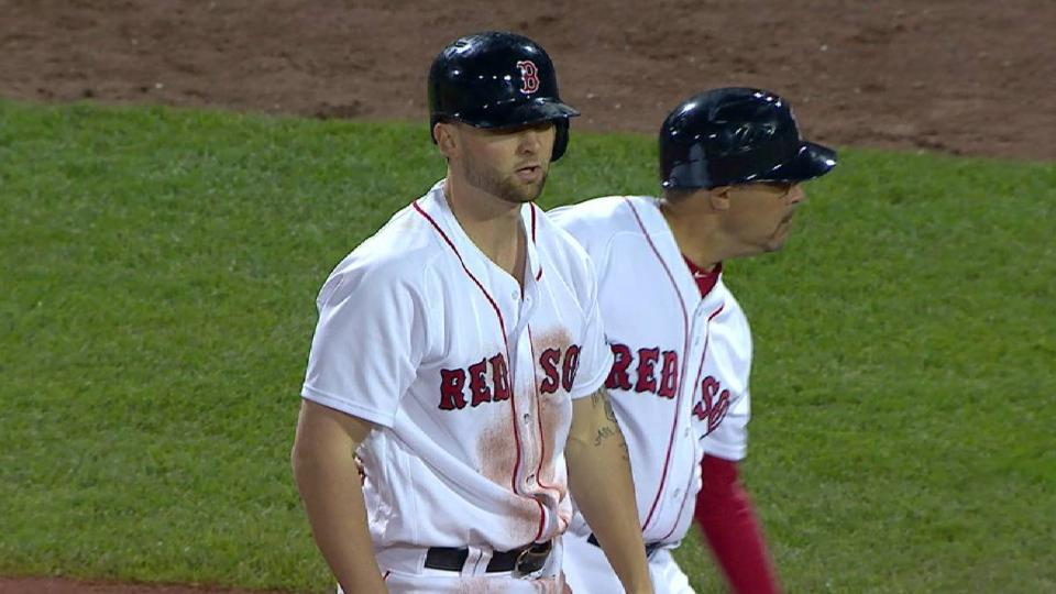 Travis' single in the 7th