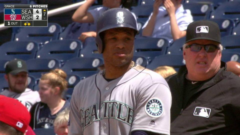 Cano's RBI single to right