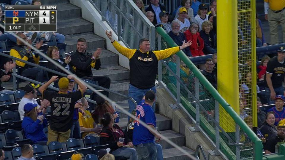 Pirates fan makes nice catch