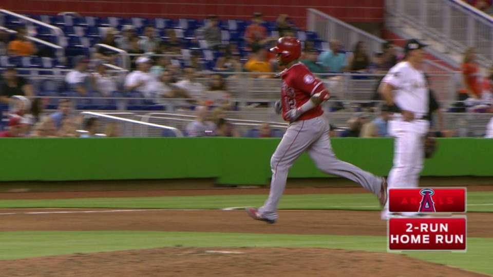 Maldonado's two-run home run