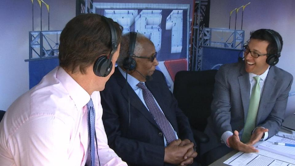 Frank Robinson joins the booth