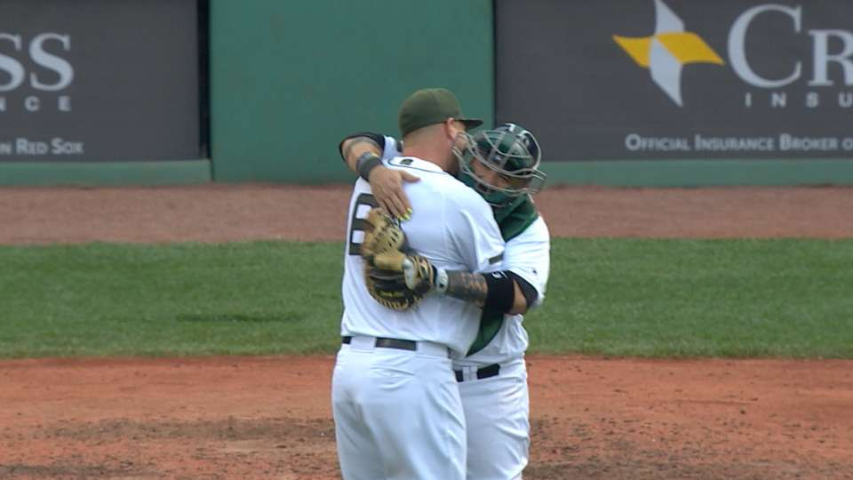 Johnson blanks the Mariners