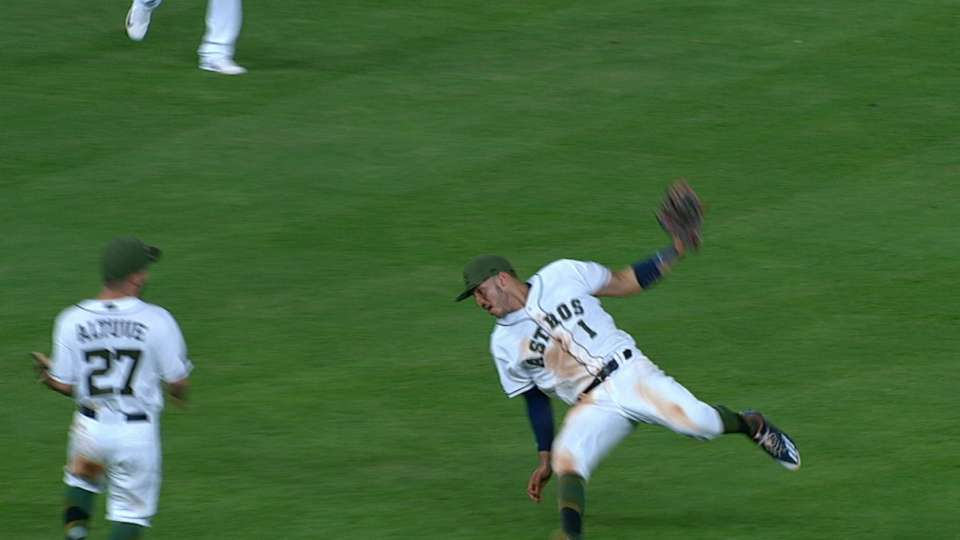Correa's fantastic catch